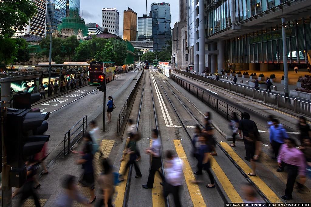 1. Почему именно Гонконг? Всё очень просто! Гонконг — это город небоскребов. Они на каждом шагу. У л