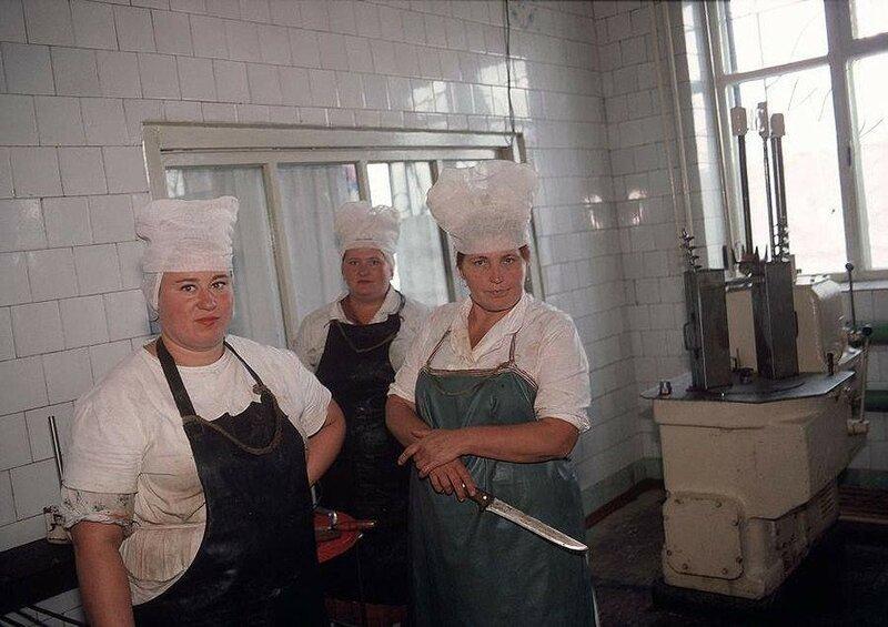 Донецк. Кухня при колхозе, принадлежащем шахтерам. 1988 год.