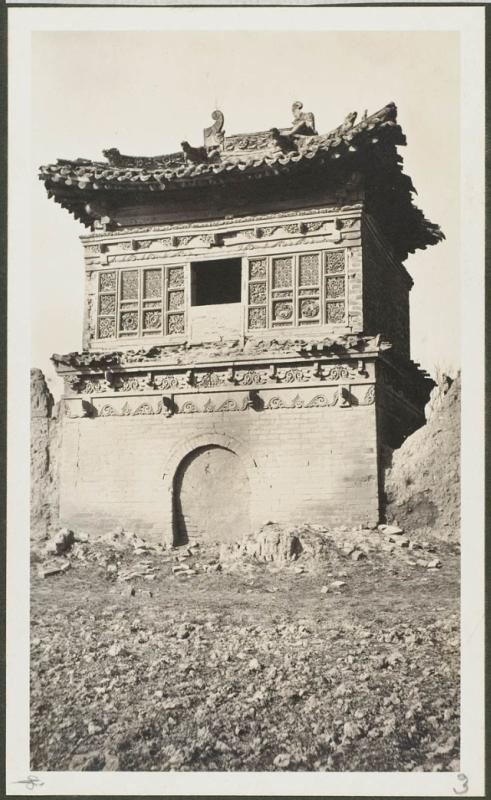 Руины заброшенного храма