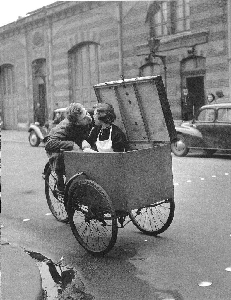 Paris, 1940-50 by Robert Doisneau