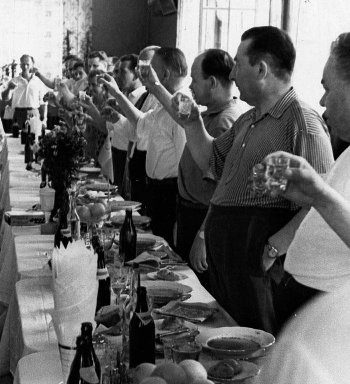 Тост за дружбу между комм. СССР и Финл. (Коряжма, 12 июля 1964 г.) 700.jpg