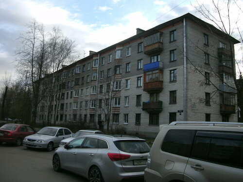 Варшавская ул. 43к2
