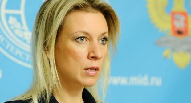 """Включила """"дурочку-снегурочку"""": Представитель МИД РФ заявила, что не понимает заявления Порошенко о российском вторжении"""