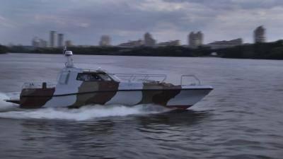 Пограничники провели испытания нового патрульного катера типа УМС-1000. ФОТО