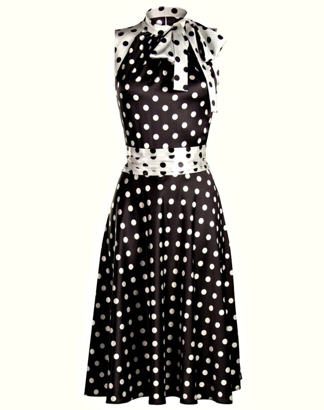 b9841c3e939 Платье такого тона с белым горохом будет удачным выбором для офиса.  Бизнес-леди могут надевать его с укороченным бежевым жакетом
