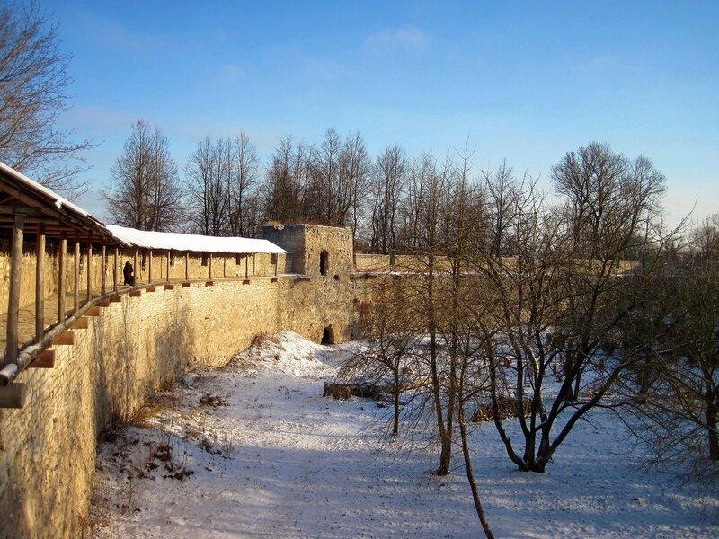 Малая  Башня Порховской крепости