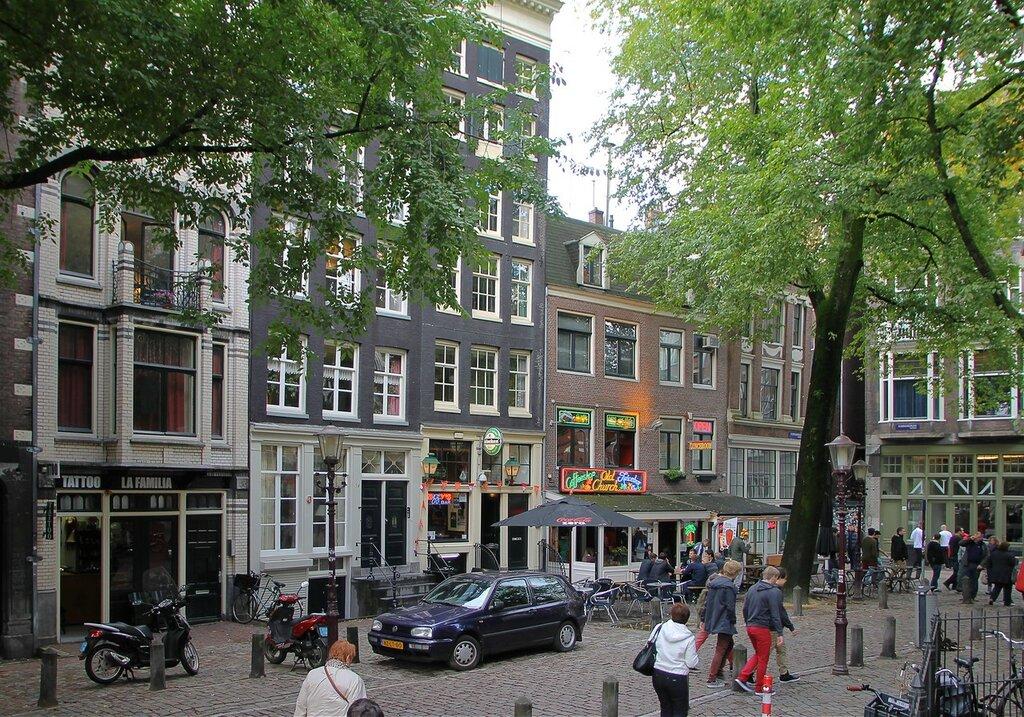 Oudekerksplein square, Amsterdam