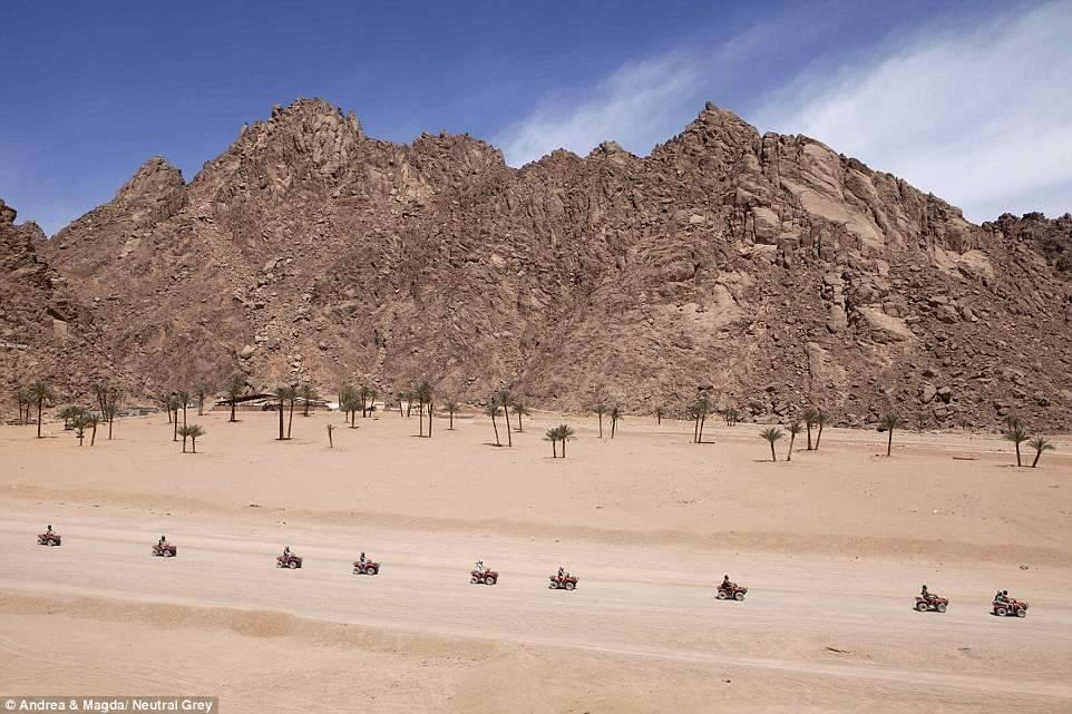10. Экскурсия в пустыню.