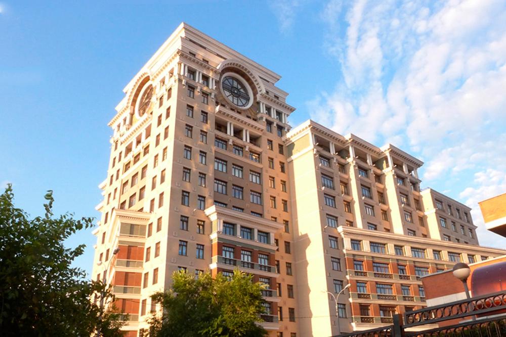 Квартира находится в элитном ЖК «Коперник» по адресу: улица Большая Якиманка, дом 22, к. 3.
