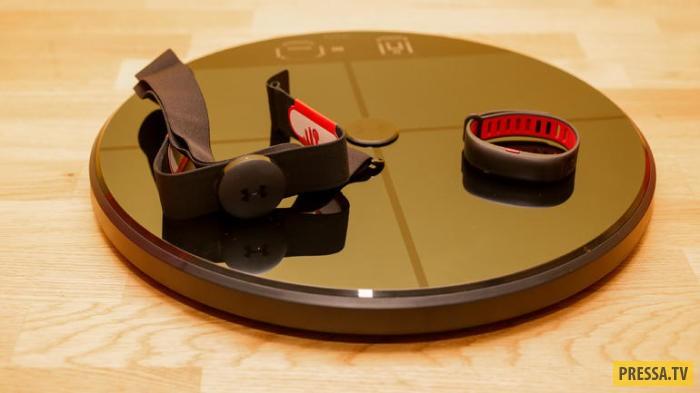 За $ 400 пользователь подучит устройство, способное измерять частоту сердечных сокращений. Делать он