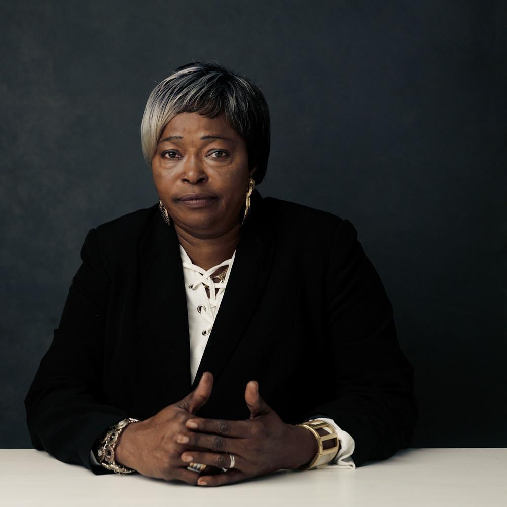 Мари-Тереза, 62 года, сбежала из Демократической Республики Конго в 2008 году. «Мне надо было убегат