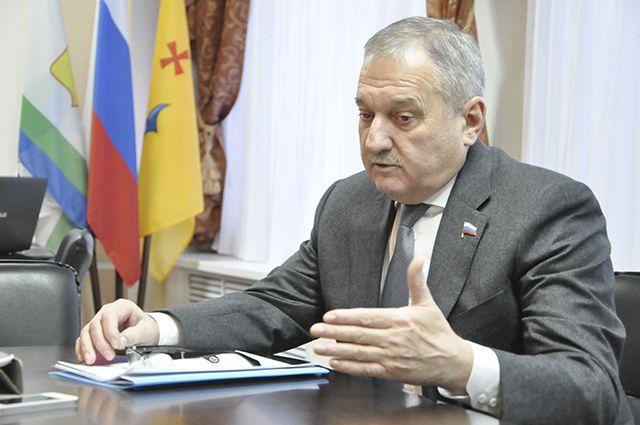 «Единая Россия» может предложить кандидата насмену Белых