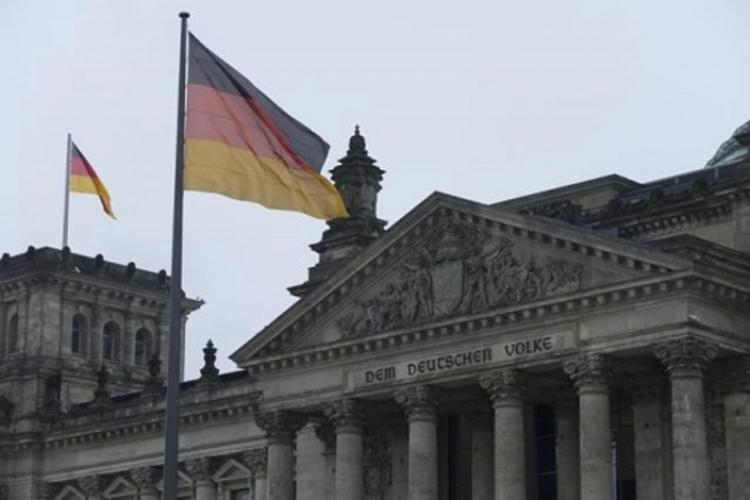 Штайнмайер предупреждает отвозврата кХолодной войне