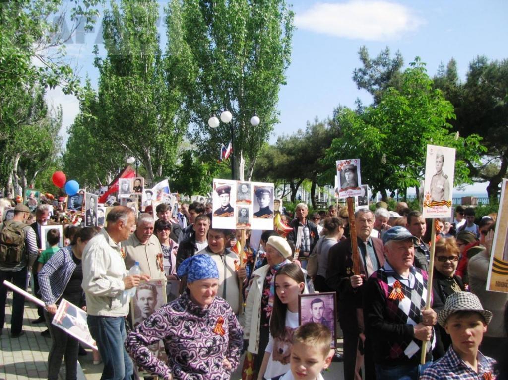 В День Победы по Феодосии прошел «Бессмертный полк»