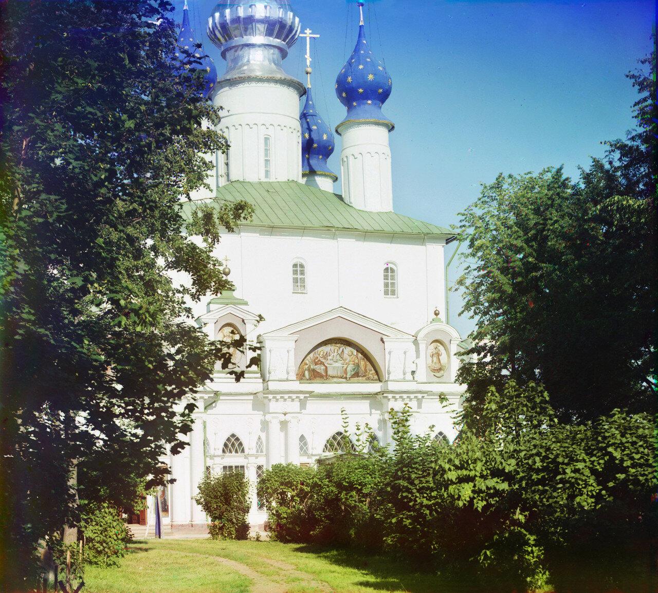 Окрестности Ростова Великого. Собор древней постройки митрополита Ионы