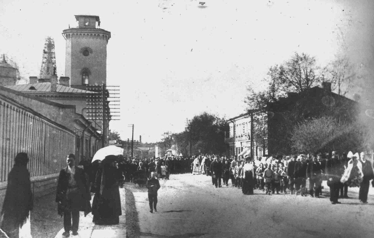 Крестный ход по Михайловской улице. 1912