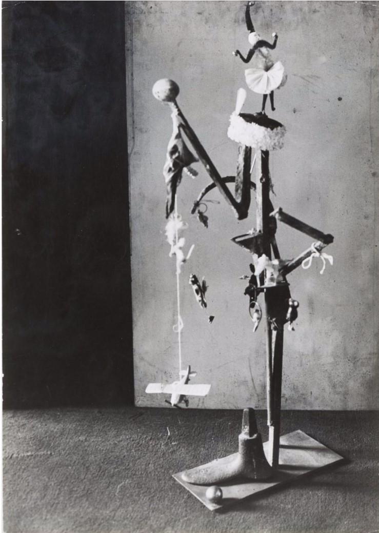 1932. Рождественская елка в студии Пикассо