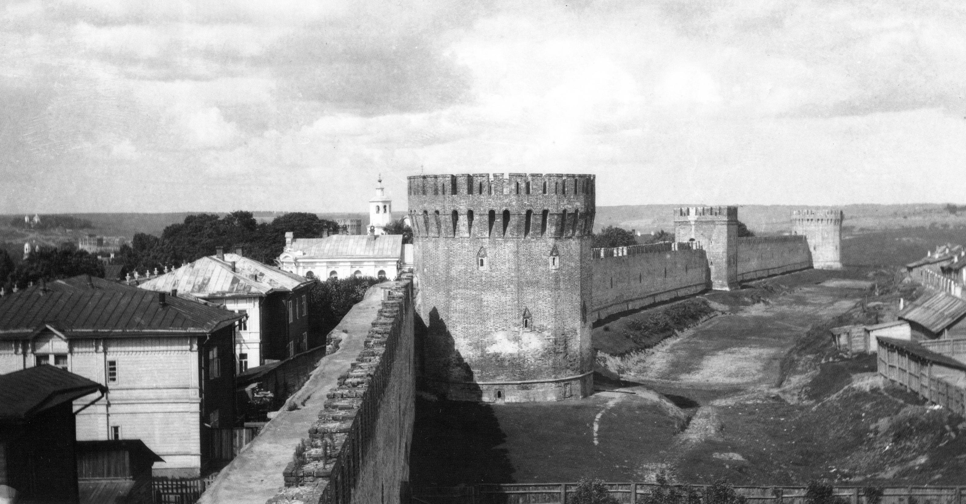 Долгочевская, Воронина и Заалтарная башни. 1909