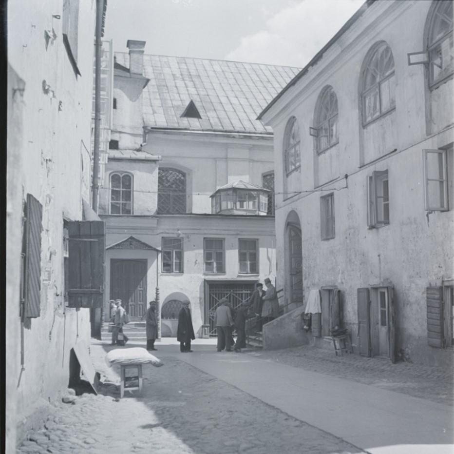 1935-1938. Исчезнувшие лица. Вильно