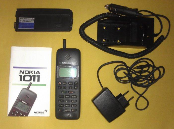 Nokia 1011 (1992) Nokia 1011 стала еще одним ориентиром в развитии технологий мобильных телефонов. Э