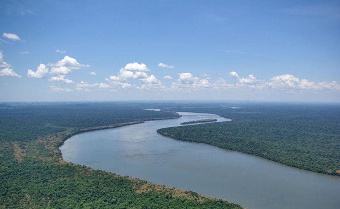 Конго — 4 700 километров Эта река берет свое начало в горах на северо-востоке Замбии и спу