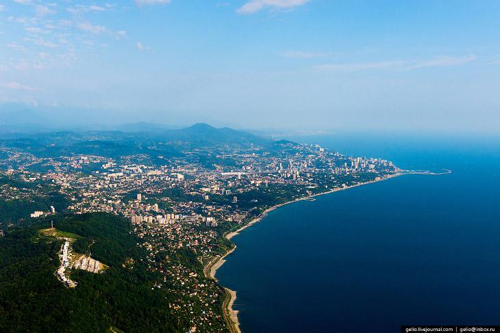 2. Временем основания города принято считать 1829 год, когда после Русско-Турецкой войны Черноморско