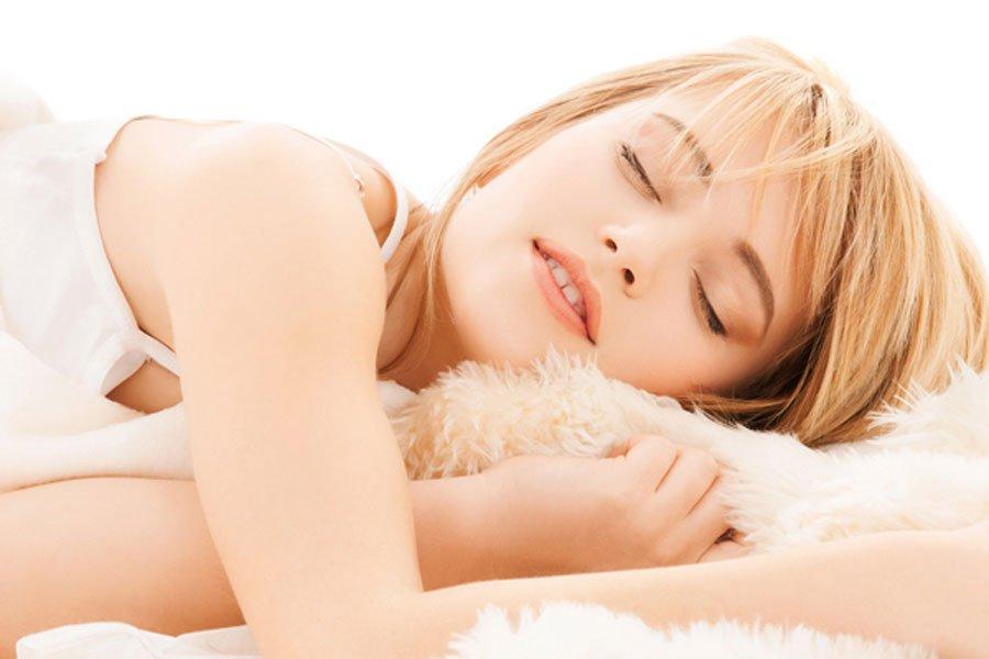 Ученые узнали, почему люди разговаривают впроцессе сна