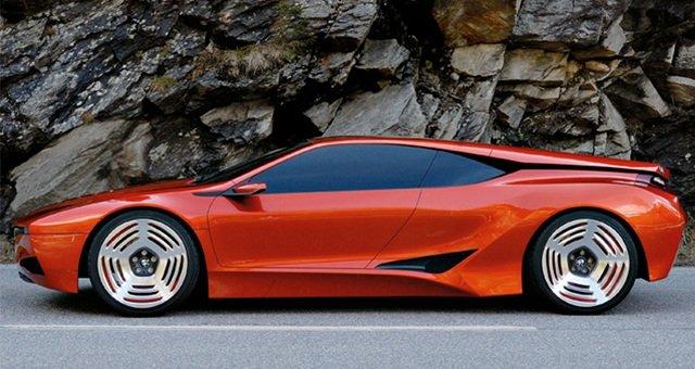Компания БМВ приступила кдорожным тестам нового купе M8
