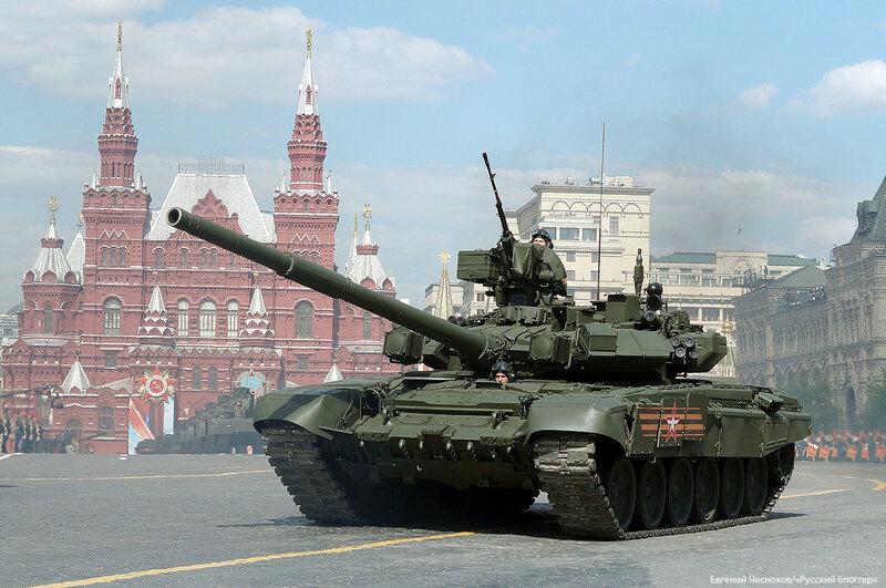 Весна. Парад реп. танк Т 90А. 07.05.16.01...jpg