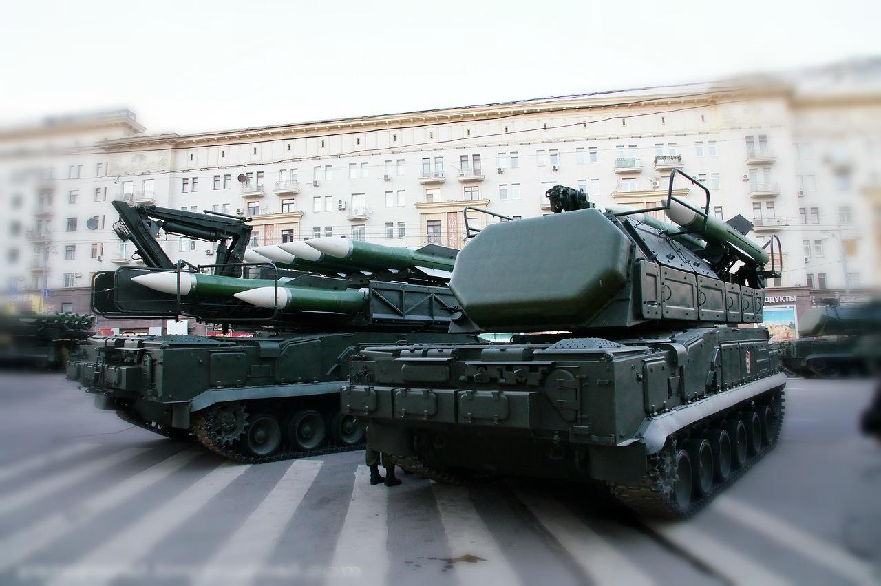 зенитно-ракетный комплекс БУК
