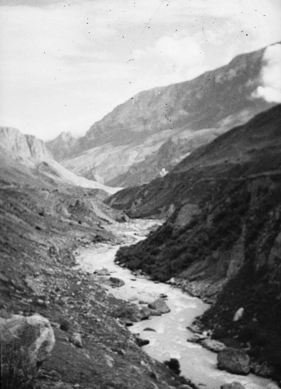 13 августа. Группа III. В ущелье реки Черек-Балкарский.
