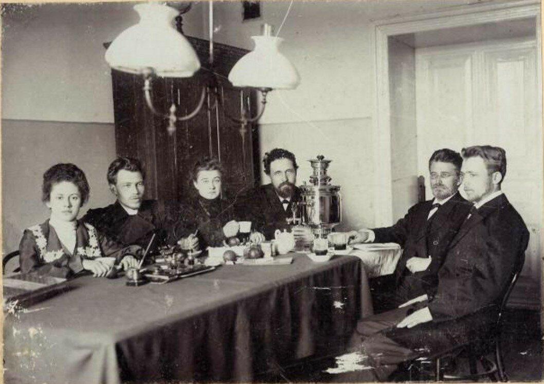 1900-е. Чаепитие в учительской