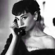 Одри и телефон