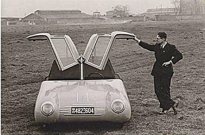 """Gomolzig """"Taifun"""" Stromlinienwagen 1949 1.jpg"""
