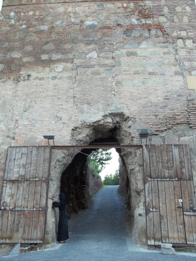 Древняя крепость НАРИКАЛА в Тбилиси (5)