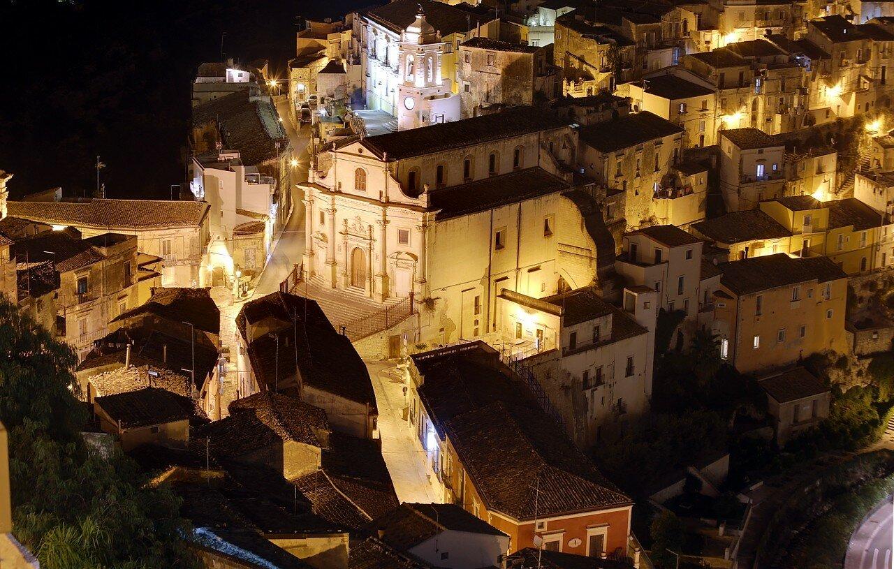 Ночная Рагуза. Церковь Саятых душ в Чистилище (Chiesa delle Santissime Anime del Purgatorio)