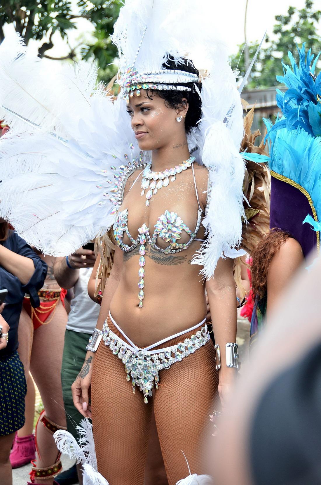 Rihanna at Barbados' Kadooment Day Parade (21 фото)
