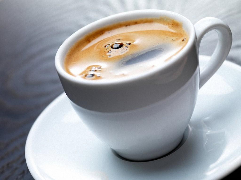 2. Кофе — напиток, который ежедневно пьют миллионы людей на планете. А кто знает, что кофе обладает