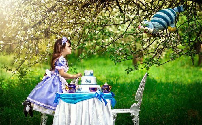 Сказка «Алиса вгосударстве чудес» наалтайском языке была издана встолице Англии