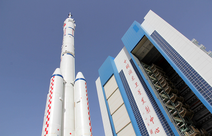 КНР 17октября запустит корабль «Шэньчжоу-11» с 2-мя астронавтами