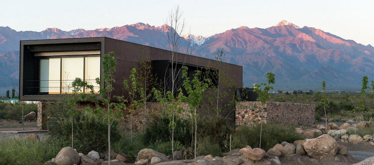 Evans House, A4estudio, частный дом винодела, дом с видом на горы фото, винный погреб в частном доме фото, отделка интерьера деревом фото