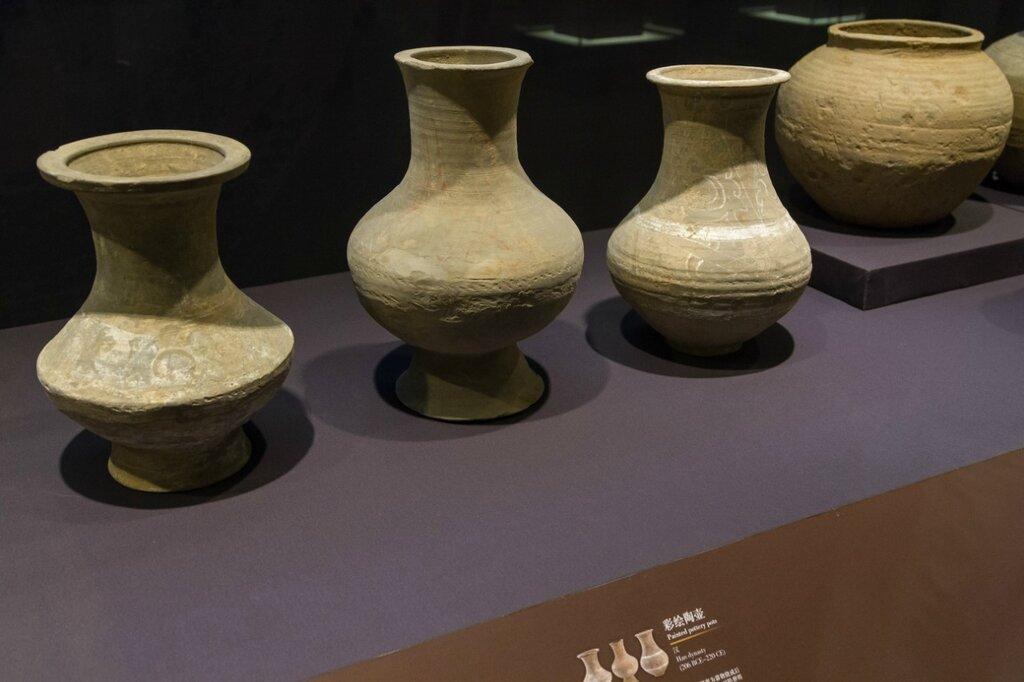 Сосуды, эпоха Чжань-го, Музей района Хайдянь