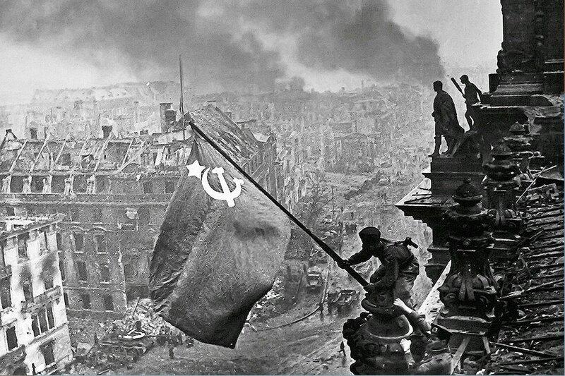 Фотография Е. Халдея(1917 - 1997)Фотохудожник Победы (18).jpg