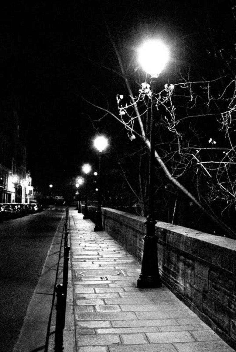 1932. Ночной Париж