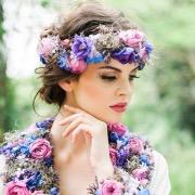 Девушка в цветах