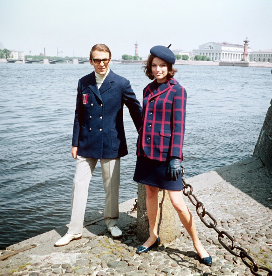 soviet-fashion-of-the-1960s-and-1970s-13.jpg