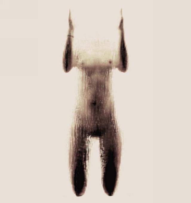 Анастасия Мастракули. Алфавит из обнаженных девушек в душе 0 141b27 a5025125 orig