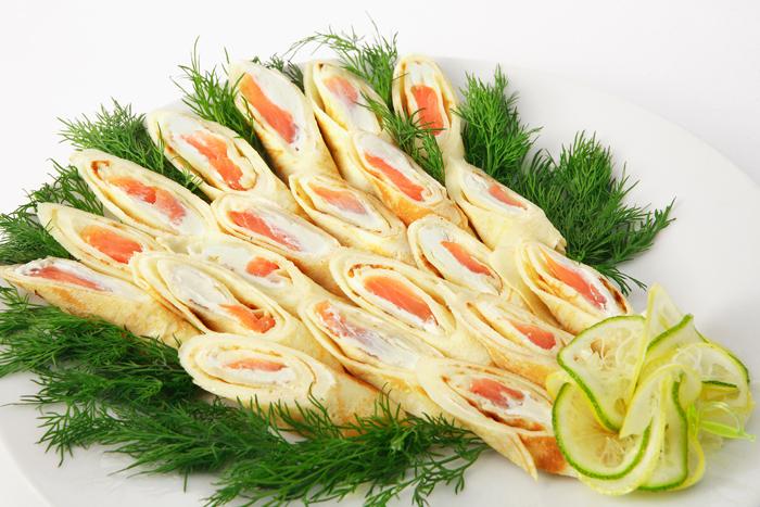 Блины с лососем и сыром