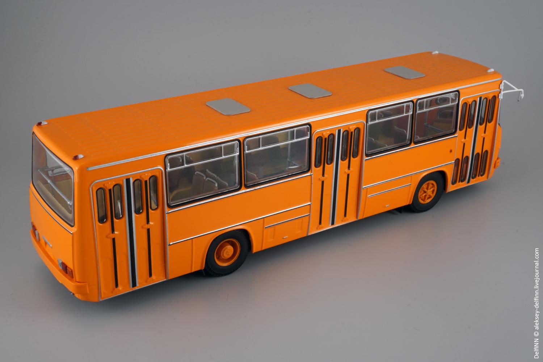 Ikarus-260-110.jpg