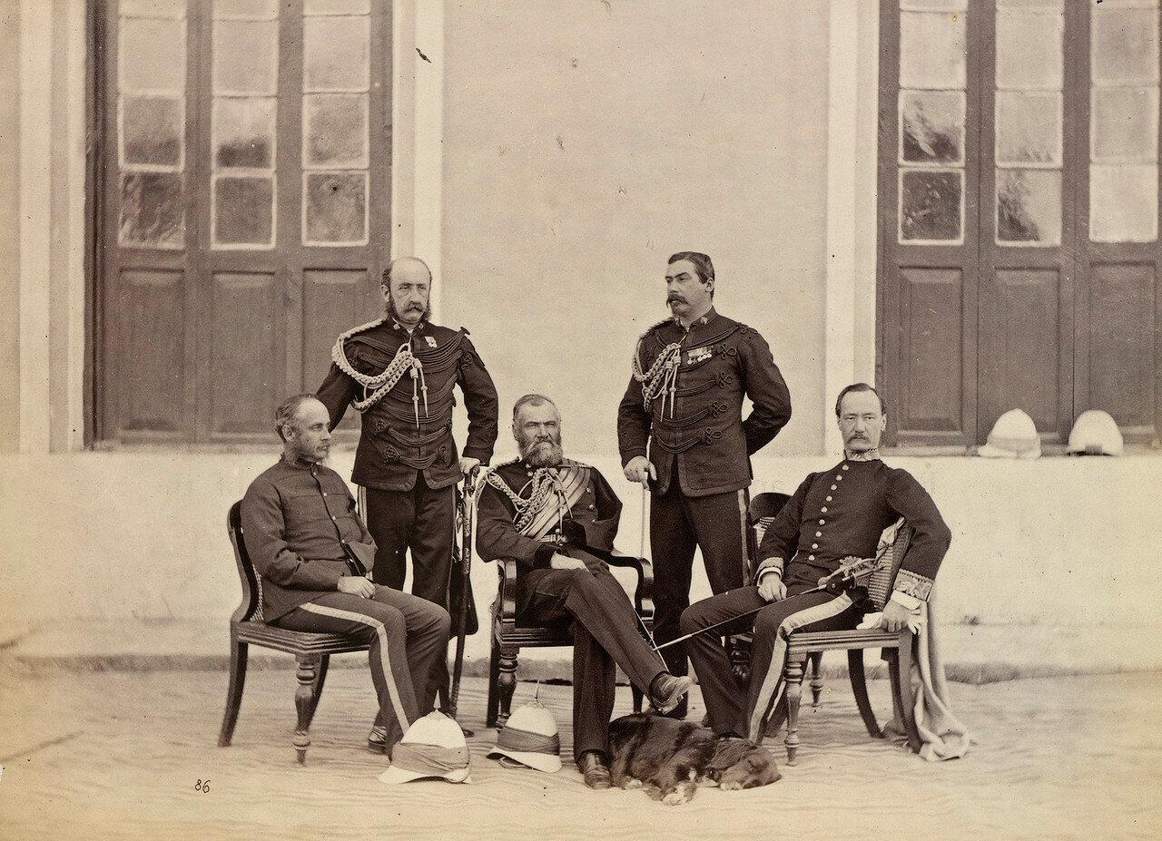 122. Офицеры индийского штаба, прикрепленные к принцу Уэльскому